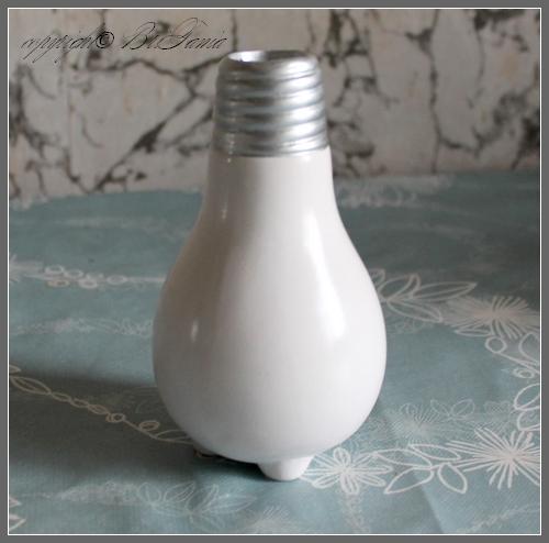 лампочка-ваза